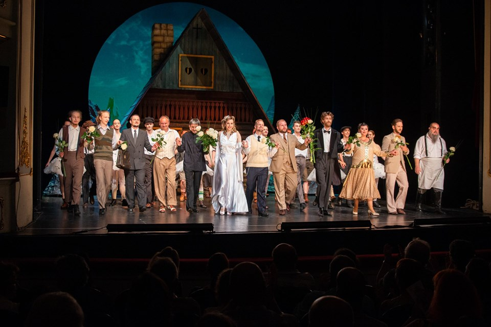 curtain call with the entire cast